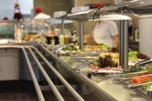 Buffet mit italienischen Essen